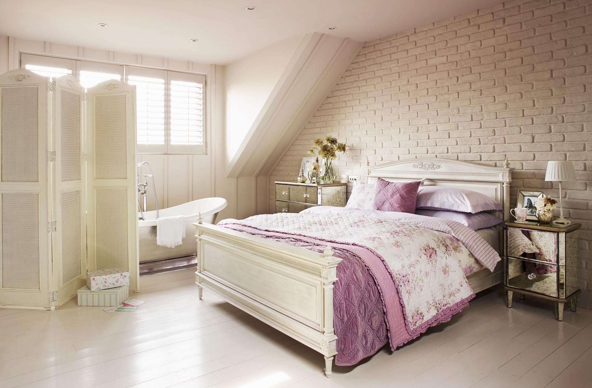 Shabby_Bedroom-e1441114245742